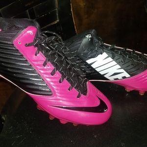 Nike Cleets Hot Pink sz 12